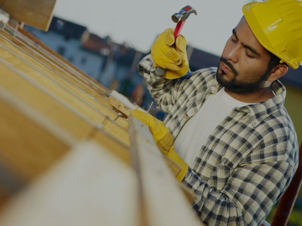 A local experienced roofer working